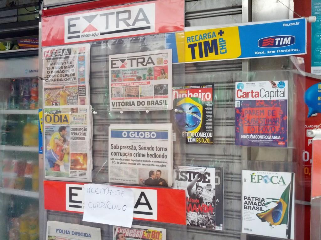 Manchetes sobre a primavera brasileira