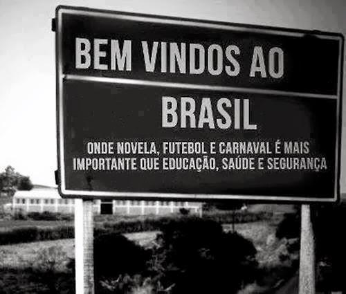 Brasil do carnaval, novela e futebol